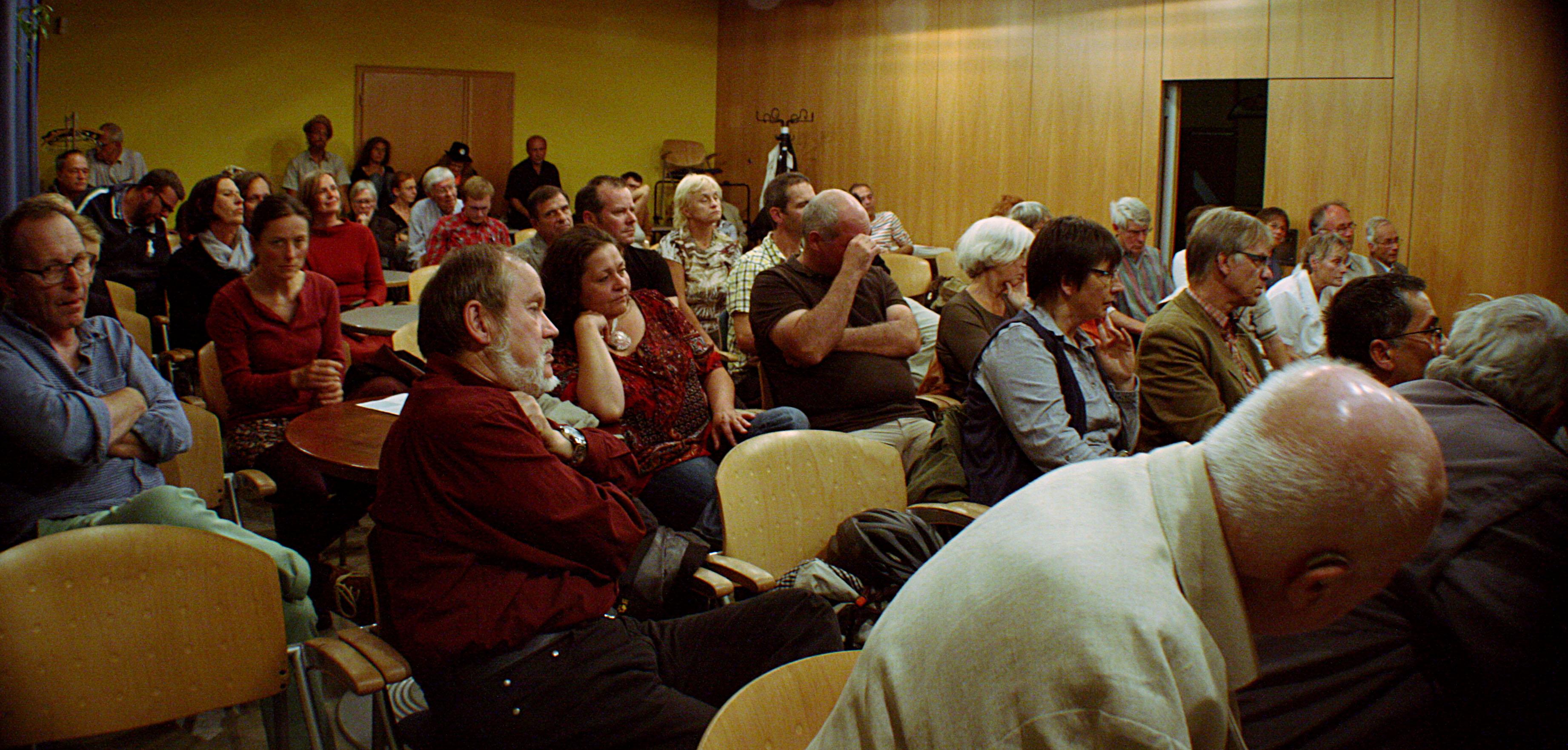 1. Friedenspodium Weimar Publikum